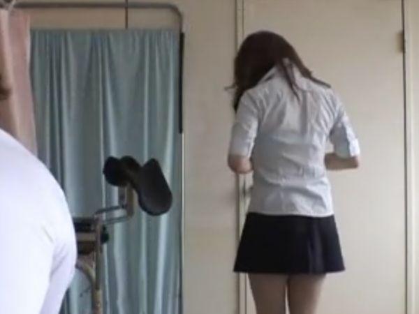 【JKクレイジー産婦人科】女子高生の発情マンコを大量の媚薬でスパークさせアクメ中毒に…頭もチンコも狂ってるセクハラ医師